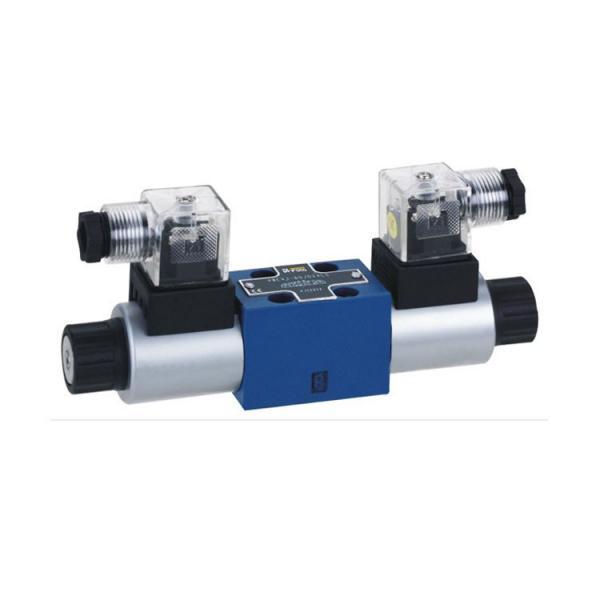 Rexroth 4WE10D3X/OFCG24N9K7 Solenoid directional valve #2 image